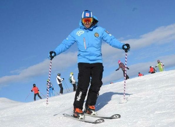 Ski Lessons for Adults - Low Season - Beginner