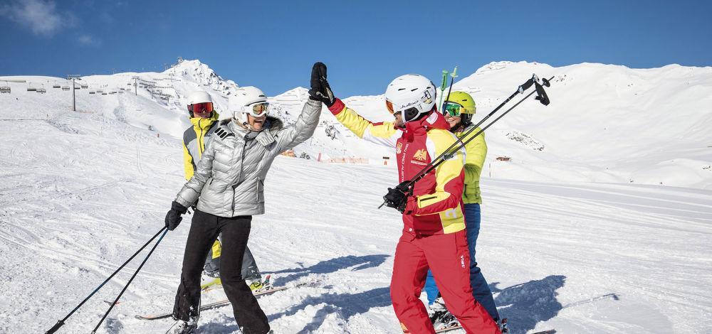 b9706d464335 Ski schools Mayrhofen  Compare   book ski lessons online