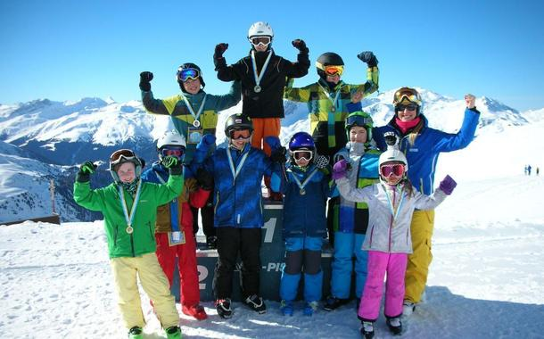 Skiing Lessons for Teens (14-17 years) - Advanced