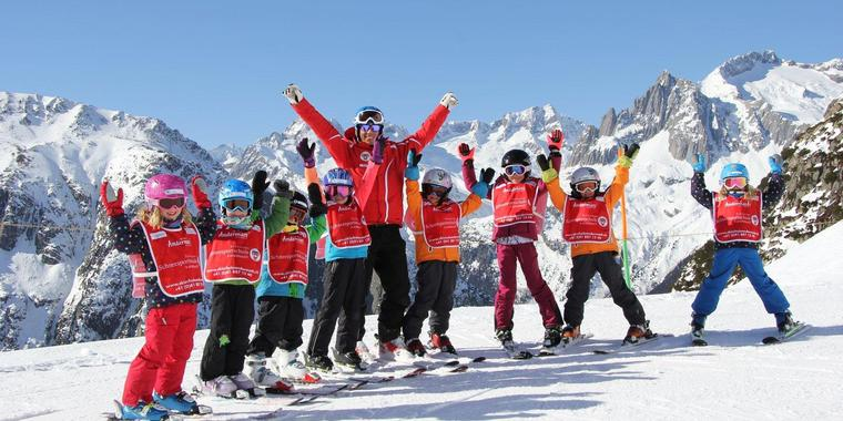 Ski Lessons for Kids (5-15 years) - Weekend - All Levels